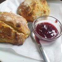 Photo taken at Cafetaria Green Tea by Anita G. on 10/17/2013