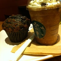 Photo taken at Starbucks by Mahin A. on 7/22/2013