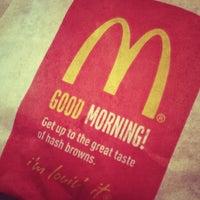 Photo taken at McDonald's by Yuri K. on 11/1/2014