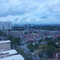Photo taken at Studio 5 by Siew Khim J. on 9/9/2013