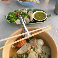 Photo taken at Priksod Noodles by Moojajar⊂(・∀・) on 8/3/2016