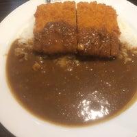 Photo taken at CoCo壱番屋 東急用賀駅前店 by 東京式 パイルドライバー on 2/22/2016