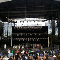 Photo taken at Verizon Wireless Amphitheatre by Applia T. on 8/3/2013