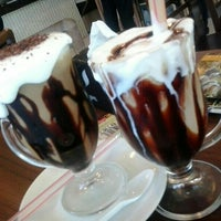 Photo taken at Costa Mendes Delicatessen by Quesia C. on 7/31/2013
