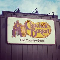Photo taken at Cracker Barrel Old Country Store by Snackle A. on 9/20/2015