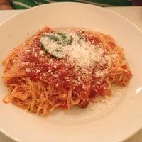 รูปภาพถ่ายที่ Tuscany โดย Danny P. เมื่อ 10/23/2012
