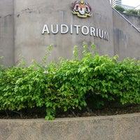 Photo taken at Auditorium Kompleks E by Azlan A. on 12/17/2013