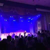 Photo taken at หอประชุมมหาวิทยาลัยหอการค้าไทย by ⁿew on 9/22/2015