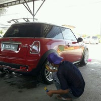 Photo taken at Mutiara Car Wash by Mohd ebby a. on 5/30/2012