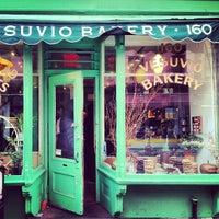 Photo taken at Birdbath Neighborhood Green Bakery by Lina J. on 1/3/2013