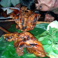 "Photo taken at Warung Lesehan Ayam Bakar ""Lientang"" by T. Anisa D. on 1/16/2015"