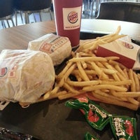 Photo taken at Burger King by Handrian T. on 3/31/2013