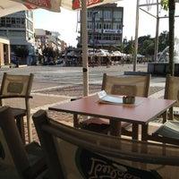 Photo taken at Γρηγόρης & CoffeeRight - Selatrevo by Stelios T. on 9/27/2012