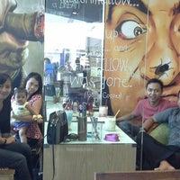 Photo taken at Comedy Kopi by Aulia Farah H. on 10/5/2013