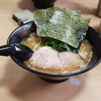 Photo taken at せい家 高円寺店 by あちやまたん on 7/3/2016