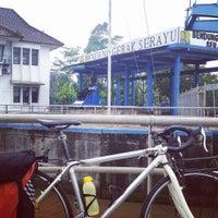 Photo taken at Bendungan Gerak Serayu by Unggul D. on 7/12/2016