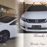 Photo taken at Honda Rama 3 by 👀 on 5/18/2015