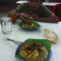 Photo taken at Restoran Ros by mohamad b. on 12/27/2013