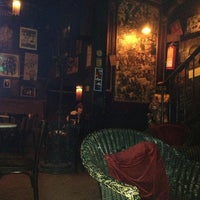 Photo taken at Les Gens Que J'aime by Juan Antonio R. on 12/22/2012