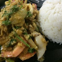 Photo taken at ร้านอาหารตามส่ัง พ่ีแหม่ม พ่ีดิศ by VASUTPOL OAT C. on 8/27/2014