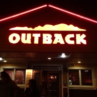 Photo taken at Outback Steakhouse by Willy B. on 9/7/2013
