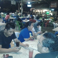 Photo taken at Maza Jungle Food Court by eddy790 on 9/29/2012