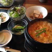 Photo taken at 韓国家庭料理 はな by Teru M. on 4/3/2014