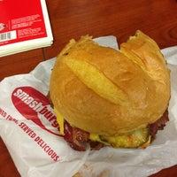 Photo taken at Smashburger by Iris W. on 8/9/2013