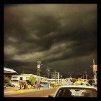 Photo taken at Cineplex by Edgar A. on 10/31/2012