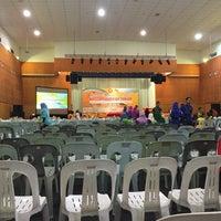 Photo taken at Ibu Pejabat Polis Kontinjen Selangor by Sarah F. on 11/5/2015