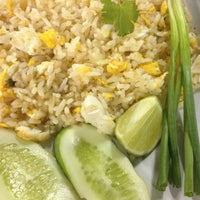 Photo taken at Mueang Thong Crab-meat Fried Rice 1 by anemone_toonny on 5/11/2013
