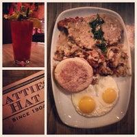 Photo taken at Hattie's Hat Restaurant by Alonso M. on 10/29/2013