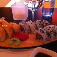 Photo taken at Sushi Club by Bânu T. on 7/27/2013