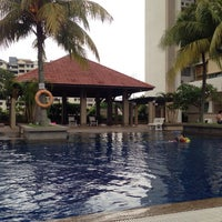 Photo taken at Symphony Park Swimming Pool by Telchan on 7/5/2014