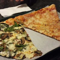 Photo taken at Palisades Pizzeria & Clam Bar by Jessica on 7/27/2013
