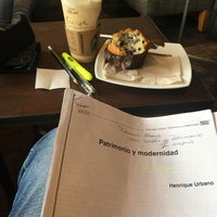 Photo taken at Starbucks Coffee by Enrique C. on 8/17/2016