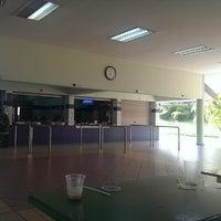 Photo taken at Sekolah Yayasan Sultan Haji Hassanal Bolkiah by Yusri m. on 3/9/2014