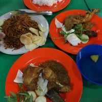 Photo taken at Durian House by Tjong K. on 8/23/2015