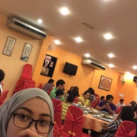 Photo taken at Restoran Masakan Sedap by meryam on 8/27/2016