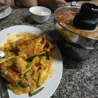 Photo taken at Ruangrit Seafood by Cinnamy on 9/25/2016