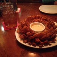 Photo taken at Outback Steakhouse by Bekki H. on 2/27/2014