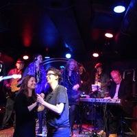 Photo taken at Mojo Blues Bar by Deniz A. on 11/26/2014