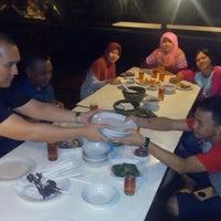 Photo taken at Hotel & Restaurant Sari Kuring Indah by Angga D. on 9/2/2015