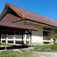 Photo taken at Fakultas Ekonomi Universitas Tadulako by Damar F. on 6/20/2013
