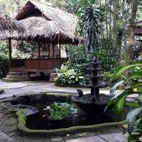 Photo taken at Hotel & Restaurant Sari Kuring Indah by YDwi M. on 2/28/2014