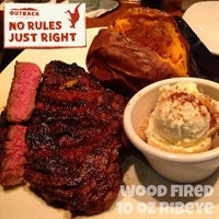 Photo taken at Outback Steakhouse by Tim H. on 3/22/2014