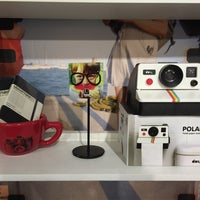 Photo taken at Lomography Embassy Store Chicago by Israel R. on 8/28/2015