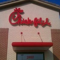 Photo taken at Chick-fil-A North Laredo by Roberto G. on 4/5/2012