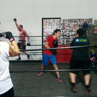 Photo taken at Ojo De Tigre Box y Muay Thai by Mauricio M. on 6/20/2014