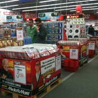 Photo taken at Media Markt Centro Comercial Guadaira by Javier L. on 4/4/2013
